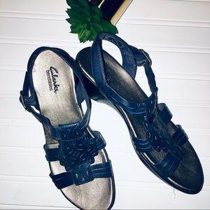 Clark's Sandals Navy Blue Size 7.5